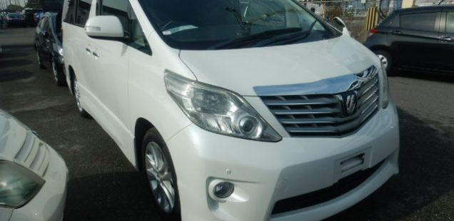 Customer from Bermuda is fully satisfied after he received his Toyota Alphard