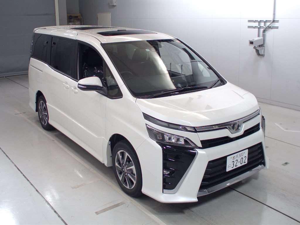 Toyota Voxy 2017 - Toyota Voxy ZS for Sale - Stock No. 532 ...